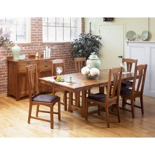 lewistown-extendable-dining-table