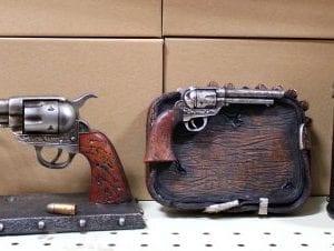 Rustic Western Six Shooter Pistol 3 Piece Bathroom Vanity Set 0 300x226