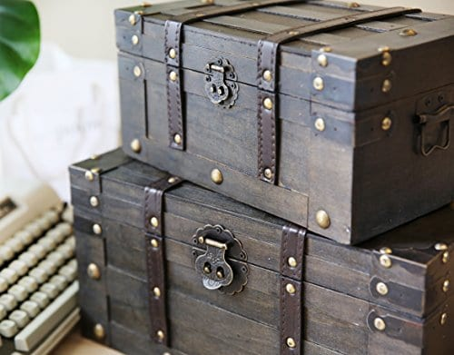 SLPR Alexander Wooden Trunk Chest With Straps Set Of 2 Rustic Brown Decorative Treasure Stash Box Old Fashioned Antique Vintage Style For Birthday Parties Wedding Decoration 0 1