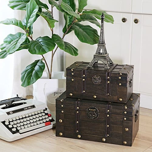 Decorative Antique Style Wooden Storage Trunk with Faux Leather Straps