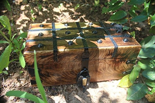 WellPackBox Wood Treasure Chest Trunk Decorative Box Rustic Wedding Card Antique Style Lock And Key 0 0