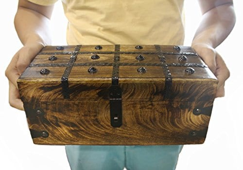WellPackBox Wood Treasure Chest Trunk Decorative Box Rustic Wedding Card Antique Style Lock And Key 0 5