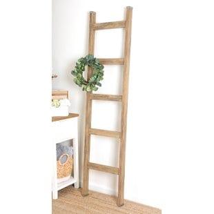 2-piece-wreath-accent-6-ft-blanket-ladder (2)