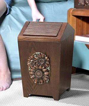 APDISHU Decorative Vintage Wooden Trash Can With Lid And Plastic Inner Wastebasket Small Rustic Garbage Bin For Bedroom Office Home Creative Metal DecorsB1 0 0 300x360