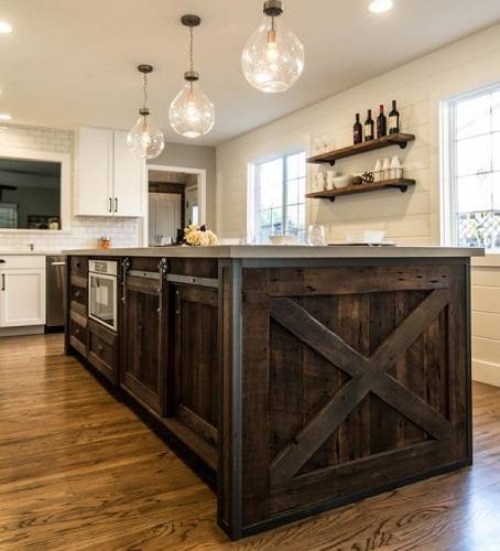 Farmhouse Chic Kitchen by Ridgecrest Designs
