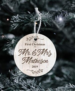 First Christmas Married Glass Ornament Mr And Mrs Personalized Rustic Farmhouse Wood Design Suncatcher Hanging Print Christmas Tree Date Display 35 Circle Free Red Velveteen Gift Bag 0 0 300x360
