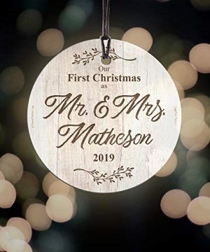 First Christmas Married Glass Ornament Mr And Mrs Personalized Rustic Farmhouse Wood Design Suncatcher Hanging Print Christmas Tree Date Display 35 Circle Free Red Velveteen Gift Bag 0 3 300x360
