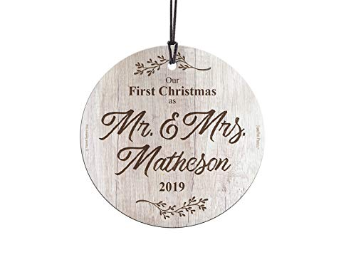 First Christmas Married Glass Ornament Mr And Mrs Personalized Rustic Farmhouse Wood Design Suncatcher Hanging Print Christmas Tree Date Display 35 Circle Free Red Velveteen Gift Bag 0