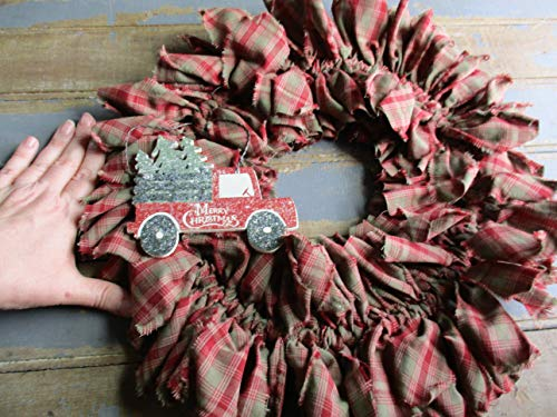 From The Attic Crafts Red Truck And Christmas Tree Rag Wreath 0 3