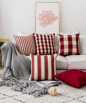 Home Brilliant Decorative Pillow Covers Red Christmas Throw Pillow Covers For Girls Room Linen Textured Farmhouse Patterned Cushion Covers For Holiday 18 X 18 Inch45cm Crimson Pack Of 5 0 300x360