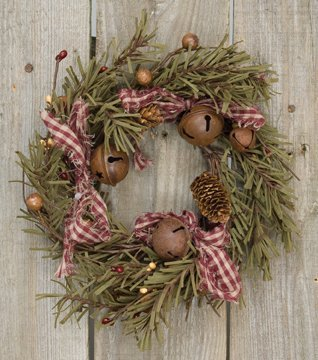 Rustic Holiday Pine Ring Berries Rusty Bells Pinecones Bows Country Primitive Christmas Dcor 0