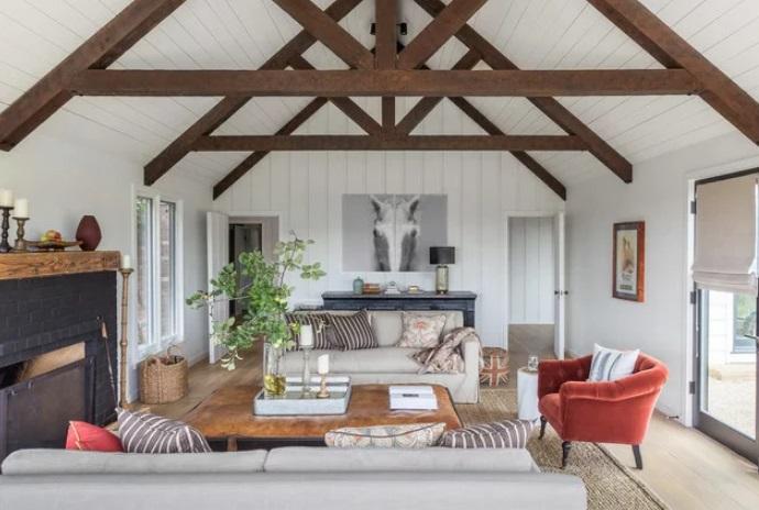 Sonoma Farmhouse by Jennifer Tulley Architects