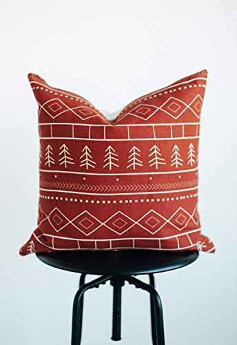 Woven Nook Decorative Throw Pillow Covers ONLY For Couch Sofa Or Bed Set Of 4 18 X 18 Inch Modern Quality Design 100 Cotton Green Red Christmas Noel 0 1