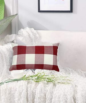 Famibay Set Of 2Classic Farmhouse Pillow Coves Buffalo Check Pillowcase Cotton Linen Plaid Couch Cushion Covers Decorative Christmas Retro Throw Pillow Covers For Living Room 0 4 300x360
