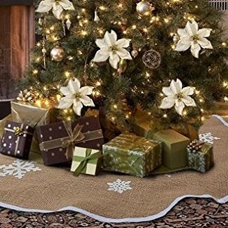 farmhouse christmas tree skirt