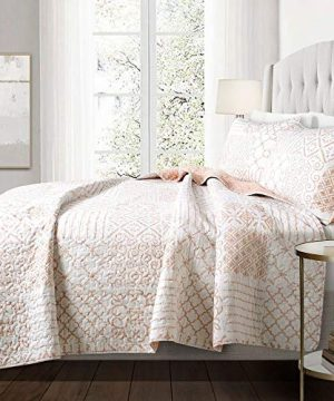3 Piece Farmhouse Nautical Coastal King Size Quilt Set All Season Contemporary Polyester Patchwork Blush Pink Cotton Quilt Elegant Comfortable Reversible Stripes Bedding Stylish House Decor 0 300x360
