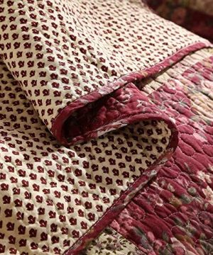 3 Piece Rustic Multi Red Quilt Set Delicate Paisley Floral Striped Plaid Mixed Pattern Patchwork Quilt California King Size Lightweight Reversible Small Ditsy Flowers Print Reverse Farmhouse Bedding 0 2 300x360