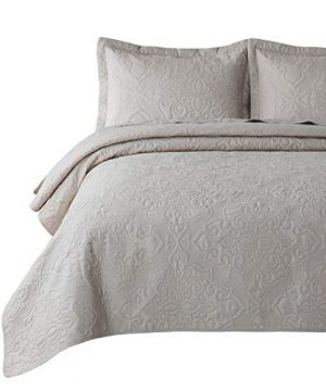 Bedsure Quilt Set Greige QueenFull Size90x96 Inches Damask Embroidered Pattern Bedspread Soft Microfiber Lightweight Coverlet For All Season 3 Pieces Included 1 Quilt 2 Shams 0 300x360