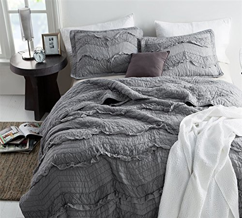 Byourbed BYB Alloy Relaxin Chevron Ruffles Quilt Single Tone King Includes 2 King Shams 0