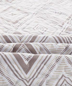 SLPR Diamond Dazzle 2 Piece Lightweight Printed Quilt Set Twin With 1 Sham Pre Washed All Season Machine Washable Bedspread Coverlet 0 3 300x360