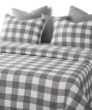Wake In Cloud Gray Plaid Quilt Set Buffalo Check Gingham Geometric Checker Pattern Printed In Grey White Soft Microfiber Bedspread Coverlet Bedding 3pcs King Size 0 1 300x360