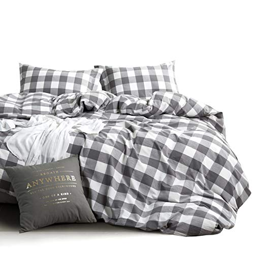 Wake In Cloud Red White Plaid Duvet