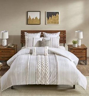 Farmhouse Duvet Covers and Coverlets