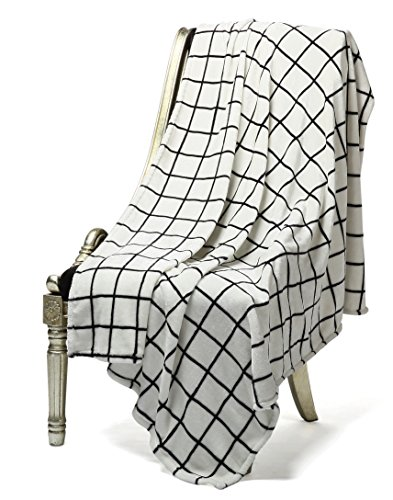 Bertte Microfiber Throw Flannel Fall Utra Cozy Warm Lightweight FleeceThrow For Couch Decorative Plaid Pattern Blanket 50x 60 Black White 0