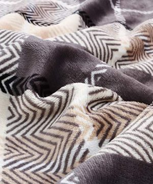 EverGrace Luxury Reversible Sherpa Plaid Throw Blanket Soft Cozy Plush Fuzzy Blanket With Extra Warm For Bed Couch Sofa Gift Beige 0 1 300x360