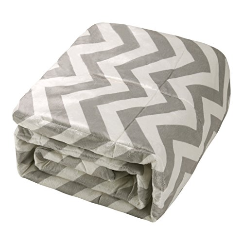 Exclusivo Mezcla Luxury Reversible Quilted Oversized Throw Blanket Soft Cozy And Large Chevron 60x70 0 4