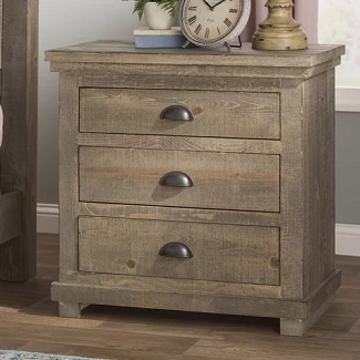 Weathered Gray Castagnier 3 Drawer Bachelor's Chest