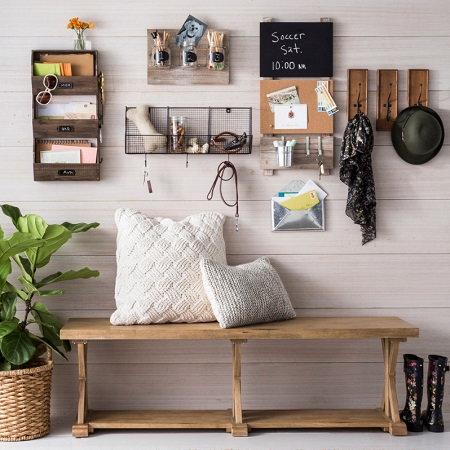 Farmhouse Entryway Shelves With Hooks