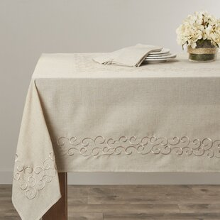 Armstrong+Scroll+Design+Tablecloth