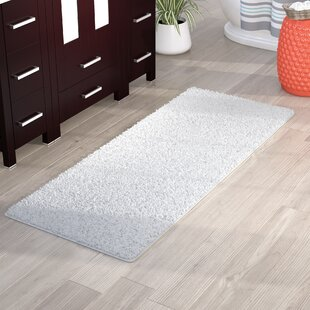 Lia+Rectangular+Polyester+Non-Slip+Solid+Bath+Rug