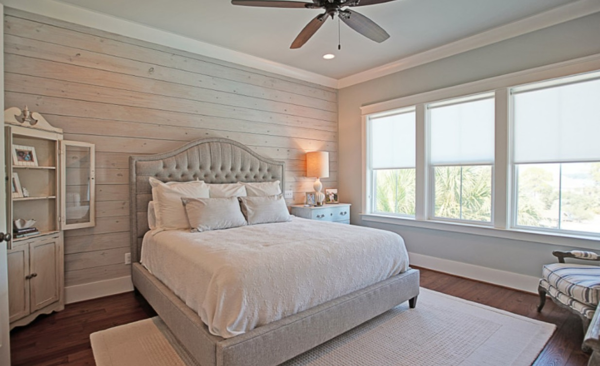 Palm Breeze on Ono by Bob Chatham Custom Home Design