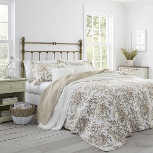 Bedford+Reversible+Quilt+Set