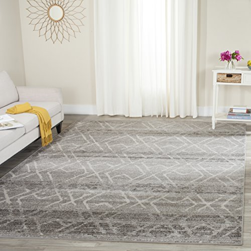 Safavieh Adirondack Collection ADR124B Silver And Ivory Vintage Geometric Area Rug 4 X 6 0
