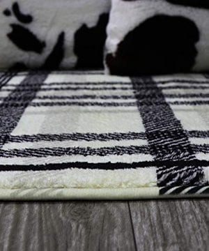 Uphome Orchard Plaid Area Rugs 3x5 Soft Velvet Distressted Throw Rugs Modern Geometric Checkered Accent Rug Shag Cozy Non Skid Collection Floor Carpet For Bedroom Living Room Nursery 0 5 300x360