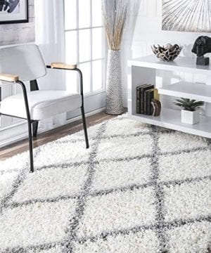 NuLOOM Trellis Cozy Soft Plush Shag Rug 4 X 6 White 0 300x360