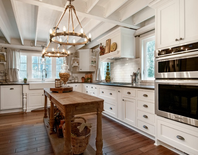 Country Kitchen - Woodenville, WA by Vertical Construction Group LLC