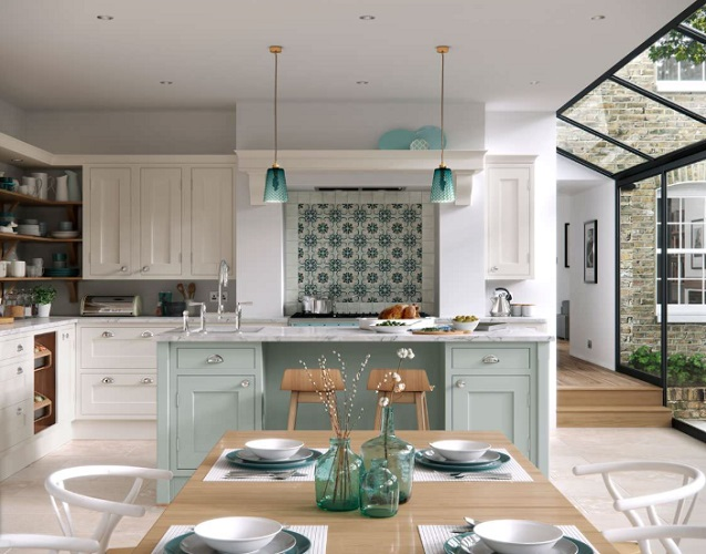 Luxury in-frame kitchen by First Impressions Kitchens