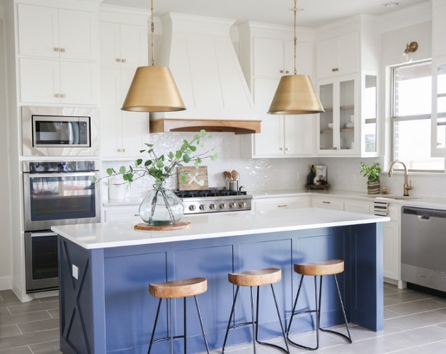 Modern Traditional by House Sprucing