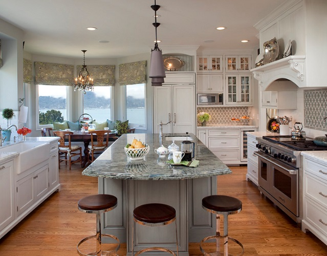 Project in Tiburon by Julie Williams Design