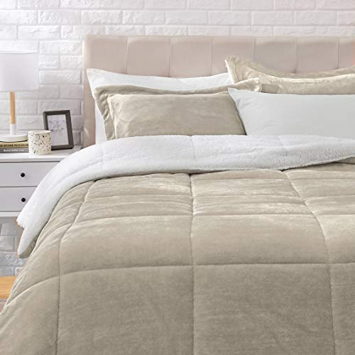 AmazonBasics Ultra Soft Micromink Sherpa Comforter Bed Set Full Or Queen Taupe 3 Piece 0