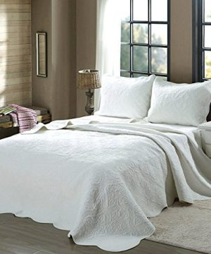 Cozy Line Home Fashions Victorian Medallion Solid White Matelasse Embossed 100 Cotton Bedding Quilt SetReversible Bedspread Coverlet Blantyre White Twin 2 Piece 0 300x360