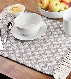 Sticky Toffee Cotton Woven Placemat Set With Fringe Scalloped Diamond 4 Pack Gray 14 In X 19 In 0 0 300x333