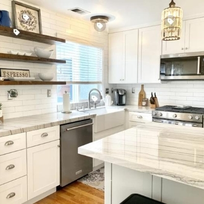 white farmhouse kitchen 4