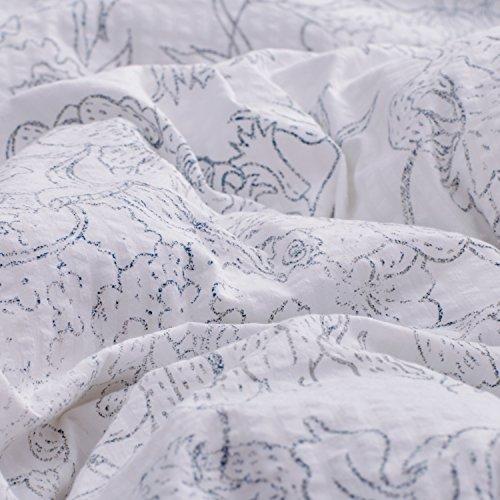 Amazon Brand Stone Beam Farmhouse Distressed Seersucker Duvet Cover Set Full Queen White And Blue 0 1