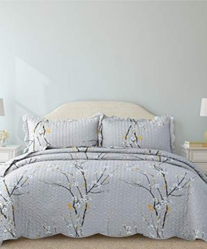 Bedsure Quilt Set Grey Twin Size Plum Blossom 68x86 Inches Bedspread Lightweight Coverlet Quilt For Spring And Summer 1 Quilt And 1 Sham 0 0 300x360