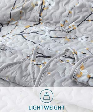 Bedsure Quilt Set Grey Twin Size Plum Blossom 68x86 Inches Bedspread Lightweight Coverlet Quilt For Spring And Summer 1 Quilt And 1 Sham 0 3 300x360